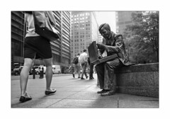 nyc#59 - A Double Check (Nico Geerlings) Tags: nyc usa ny statue businessman 50mm us manhattan broadway financialdistrict wallstreet briefcase summilux lowermanhattan libertyplaza doublecheck zuccottipark nicogeerlings leicammonochrom ngimages