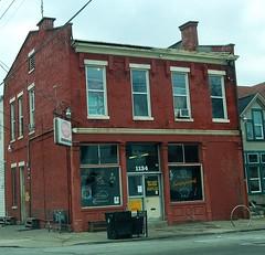 1134 E. Breckinridge Street (robgividenonyx) Tags: bar kentucky ap louisville saloon cornerstore divebar