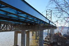 Tappan Zee Constructors LLC Began Work On The New Tarrytown Landing For The New Tappan Zee Around October 19, 2015 With The Installation Of Blue Girders And Work Above The Metro-North Hudson Line Tracks. Photo Taken Saturday February 27, 2016 (ses7) Tags: new construction zee tappan phase bridgeny