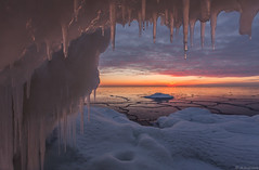Icicles_ (JLindroos) Tags: winter sunset sea sky snow cold ice colors clouds zeiss canon finland horizon freezing lee icicle filters pori reposaari