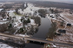 Riisa village (BlizzardFoto) Tags: bridge ice water village flood aerialphotography vesi j icejam sild riisa soomaa aerofoto kla leujutus soomaanationalpark soomaarahvuspark viiesaastaaeg hallistejgi jminek riverhalliste