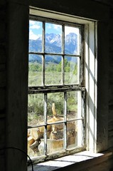 Room With A View (Patricia Henschen) Tags: store snakeriver wyoming grandtetons tetons grandtetonnationalpark menorsferry menorsferryhistoricdistrict
