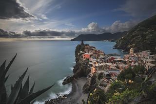 Mediterranean c☺l☺rs (Vernazza / Cinque terre)
