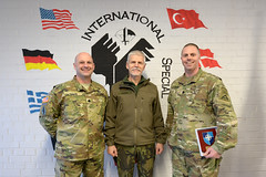 Gen. Pavel visits ISTC-101 (7th Army Training Command) Tags: germany de army unitedstates stuttgart czechrepublic petr usarmy specialforces badenwurttemberg sof specialoperations usarmyeurope visualinformation interoperability jasonjohnston pfullendorf soceur tsae czecharmy specialoperationsforces panzerkaserne eucom jmtc jointmultinationaltrainingcommand usspecialoperationscommandeurope usspecialoperationscommand trainingsupportactivityeurope tscstuttgart usarerur jasondanieljohnston stauferkaserne generalpavel ltccoburn