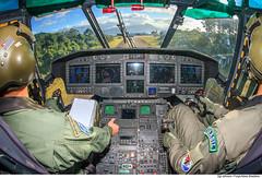 Cabine do H-36 Caracal (Fora Area Brasileira - Pgina Oficial) Tags: fab sar cabine treinamento carranca forcaaereabrasileira brazilianairforce buscaesalvamento fotojohnsonbarros carrancav operacaocarranca