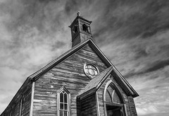 Abandoned Church at Bodie (madrones) Tags: california ca travel sky blackandwhite bw usa cloud abandoned weather northerncalifornia clouds us afternoon unitedstatesofamerica sunny historic northamerica ghosttown historical bodie sierranevada dramaticsky deserted goldrush naturephotography methodistchurch easternsierra goldmining landscapephotography nationalhistoriclandmark monocounty bodiestatehistoricpark arresteddecay