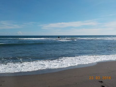 DSCN2056 (petersimpson117) Tags: lima pantai pererenan