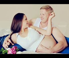 (Inese_Dunajeva) Tags: portrait fashion studio mom happy photography nikon pregnancy maternity blonde familyportrait lifeisgood botton d800 manchesteruk newlife sweetdreams followme babybump d700