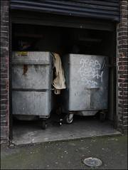Ares / 4Syth (Alex Ellison) Tags: urban graffiti boobs tag bin graff eastlondon ares 4syfe