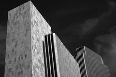 (eflon) Tags: plaza bw ny newyork monochrome stone buildings state empire albany marble rockefeller bldgs