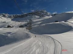 un soffice manto bianco (gbistoletti) Tags: panorama primavera italia nuvole neve inverno sci cervinia valdaosta