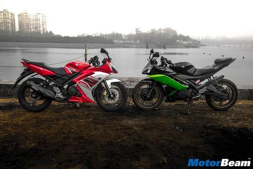 2016-Yamaha-R15-S-02