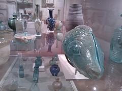 Glassware (failing_angel) Tags: usa newyork manhattan 5thavenue metropolitanmuseumofart 290515