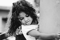 Hug (Karoline Bastos) Tags: girls light portrait blackandwhite bw baby sunlight love girl beauty face kids dark hair children photo kid amazing hands nikon toddler pretty alone hanna child close darkness natural little sweet pb bighair babygirl curly littlegirl playtime menina curlyhair darkphotography funnybaby garotinha 4yearsold childphotography kidphotography braziliangirl curlygirl sweetthings nikonworld nikonphotography brazilianchild d7000