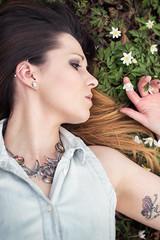 MS (In Digo Fotografie) Tags: flowers woman girl horizontal tattoo forest floor earth wiese ground soil garlic lying forestfloor wald couchant laid laying ramsons reclined erde wildgarlic tattooed alliumursinum brlauch waldboden ttowiert liegend halskette forestsoil
