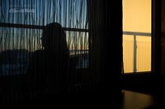 El pasado siempre acaba por alcanzarte (A 50mm del Mundo) Tags: luz finland contraluz mujer eva europa gente rovaniemi fujifilm mirada balcn lugar futuro finlandia tiempo pensamiento fotografa tranquila tranquilidad pasado concepto laponia geografa x100 escandinavia enotraparte fujifilmx100 diegojambrina a50mmdelmundo