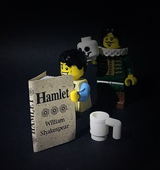 hamlet a glimpse into the mind of william shakespeare What did shakespeare understand about the human mind by neema parvini april 23, 2016 one comment april 23 , 2016 marks the 400 th anniversary of william shakespeare's death.