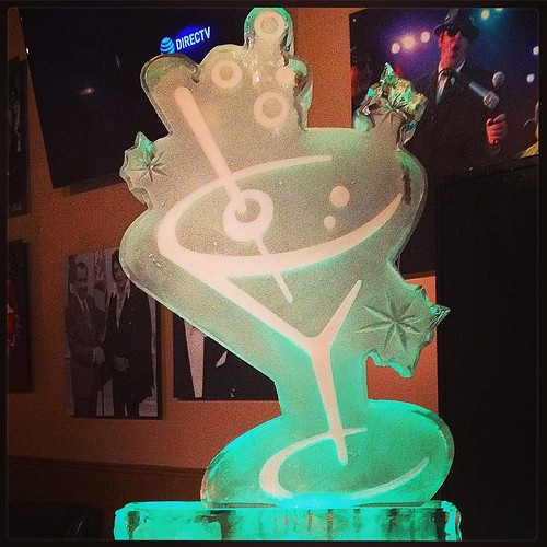 Forty and fabulous #birthday #icesculpture for a #party tonight in #sanantonio #fullspectrumice #thinkoutsidetheblocks #brrriliant - Full Spectrum Ice Sculpture