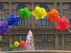 colorata-mente (ludi_ste) Tags: pink fountain colors facade rainbow colours couleurs genoa genova genes colori fontana arcobaleno facciata