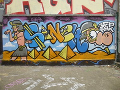 Sanck (avril 2016) (Archi & Philou) Tags: streetart unknown pyramide egypte paintedwall murpeint inconnu paris20