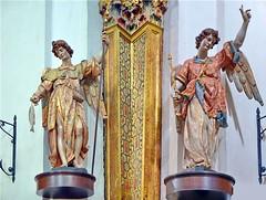 Dueto de arcngeles (rabiespierre) Tags: iglesia sangabriel valladolid escultura sanrafael barroco jesutas arcngel gregoriofernndez esculturapolicromada esculturabarroca esculturaenmadera