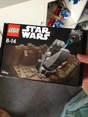 Escape the space slug (CoolCat2799) Tags: star starwars escape lego space slug wars legostarwars 3500 exklusiv