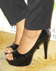 Feet & Shoes (2603) (♠I Love Feet & Shoes♠) Tags: street sexy feet stockings pie shoes highheels sandals tights lingerie heels pés huf hoof bas pieds mules pantyhose schuhe casco piedi meias medias scarpe sandalias chaussures sapatos sandálias zapatillas sandalen ноги sandales чулки sabot sandali πόδια strümpfe ботинок παπούτσια туфля calcanhares каблуки füse σανδάλια κάλτσεσ копыто сандалий οπλή