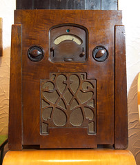 McMichael Duplex Mains Four   1932 (fraser donachie) Tags: nerd vintage sold wireless tuberadio valveradio bvws chairnotincluded