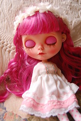 DSC_0101 (Lindy Dolldreams) Tags: pink sleeping girl rose hair doll custom blythedoll rosezie noraooakcustomblythe
