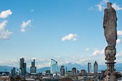 Desde arriba (bejaranojm) Tags: italy milan skyline nikon italia milano paisaje cielo duomo rascacielos d5000 1855vr bejaranojm