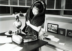 make tea (Philip@Tamsui) Tags: blackandwhite bw film home monochrome analog kodak 400 agfa 黑白 kodak400tx 泡茶 底片 maketea 小曈 agfaoptima1535 kodakfilms 7250u primefilm7250u