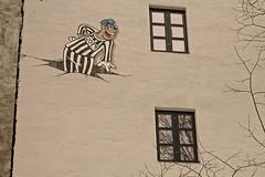 Beagle Boy (Pivi ) Tags: house mural waltdisney grnland carlbarks beagleboys