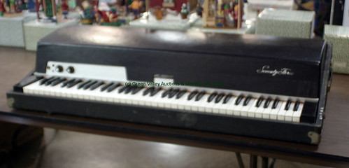 Fender Rhodes MKI Stage Keyboard - $385.00 (Sold August 14, 2015)