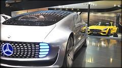 Mercedes-Benz Concept. AMG (amarillo)