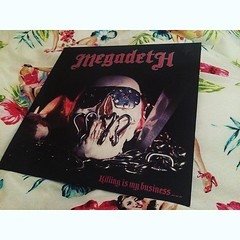 Good find at work. Megadeth's debut... (Progressive Grind) Tags: metal vinyl heavymetal lp thrash guitarist thrasher metalhead megadeth metalheads fuckyeah davemustaine thrashmetal davidellefson speedmetal vicrattlehead uploaded:by=flickstagram instagram:photo=1197404175816380707417991715 mymegadeth megadethfans