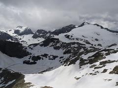 W dole Lac Glace, na wprost Pic Perdiguero