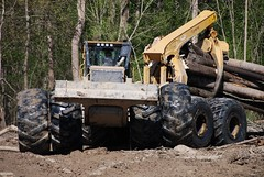 TigerCat Logging Equipment (Static Phil) Tags: tigercat skidder loggingequipment foresteqipment