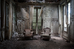 #691 (Vincent Ferron xplo) Tags: old abandoned colors chairs decay d3