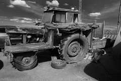 Old tractor (tabulator_1) Tags: liverpool blackwhite crosby crosbybeach