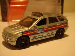 MATCHBOX BMW X5 NO4 POLICE VEHICLE 1/64 (ambassador84 OVER 5 MILLION VIEWS. :-)) Tags: bmw bmwx5 matchbox x5 diecast