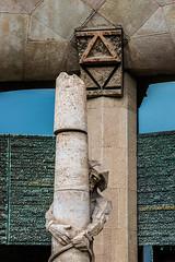 Burdened_DSC3017 (Mel Gray) Tags: barcelona church statue spain catholic basilica religion gaudi sagradafamilia religiousart religiousarchitecture