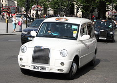 LTI TX4 London Taxi (Ian Press Photography) Tags: london cars car carriage cab taxi transport taxis international cabbie cabs lti tx4