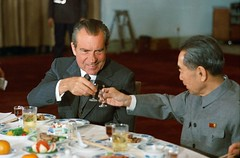 President Nixon toasts with Premier Zhou Enlai in China. 1972. [3109  2055] #HistoryPorn #history #retro http://ift.tt/1VxWr2W (Histolines) Tags: china history with president nixon retro timeline zhou 1972 premier enlai toasts 2055  vinatage 3109 historyporn histolines httpifttt1vxwr2w