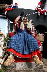 nassereith460 (siegele) Tags: roller carnaval carnevale fasching karneval bren maje fastnacht fasnacht snger karner spritzer hexen scheller nassereith kehrer labera sackner schellerlaufen ruasler schnller