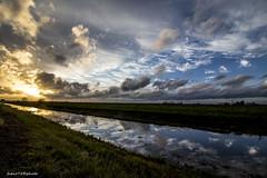 8#365 Montacchiello 10mm (Fabio75Photo) Tags: sunset sky colors tramonto nuvole fiume corso natura campagna erba sole terra colori riflessi pioggia temporale terreno agricoltura agricolo