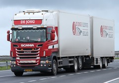 De Jong Scania DB (fannyfadams) Tags: uk holland dutch wagon drag transport lorry vehicle expressway dejong anglesey northwales holyhead haulage a55 drawbar euroroute scaniarseries