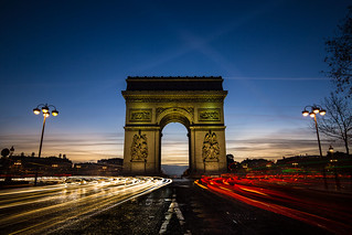 L' Arc de Triomphe de l'Étoile at dawn || Paris  {Explore 107, 2016/01/25}