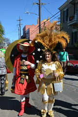 Socit de Ste. Anne 093 (Omunene) Tags: costumes party fun neworleans parade alcohol mardigras partytime faubourgmarigny licentiousness neworleansmardigras walkingparade socitdesteanne mardigras2016 alcoholfueledlicentiousness roylstreet