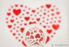 x-28.jpg (KronaPhoto) Tags: red glass norway happy experimental day heart symbol stilleben valentine valentines rd kule hjerte 2016