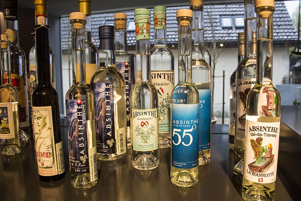 Mais garrafas de absinto